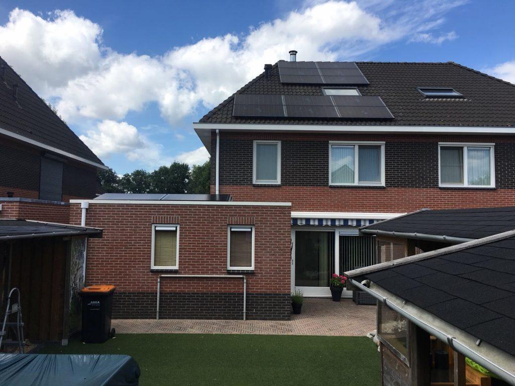 SolarWatt Glas-Glas PERC zonnepanelen geplaatst in Hollandscheveld - Drenthe