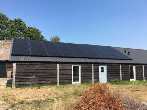 Zonnepanelen in Ruinen