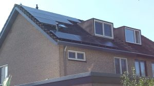 SolarWatt Glas-Glas zonnepanelen geïnstalleerd in Meppel, provincie drenthe.