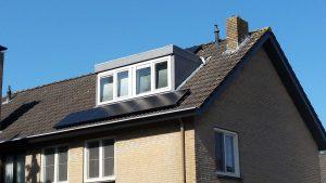 Oost-West installatie met zonnepanelen in Meppel geïnstalleerd, Provincie Drenthe.