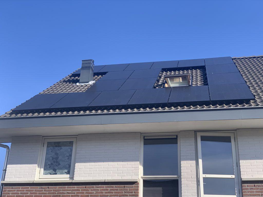 Zonnepanelen van solarwatt geplaatst in Meppel