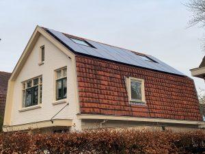 SolarWatt Glas-Glas zonnepanelen geplaatst aan de Ruiterlaan in Zwolle