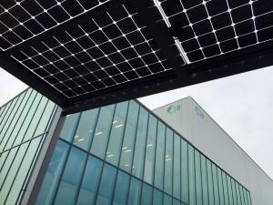 Zonnerijwielstalling zonnecarport Meppel Zwolle Giethoorn Steenwijk Hoogeveen met Solarwatt glas-glas zonnepanelen zonnestroom BEST GETEST