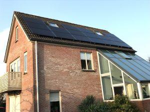 SolarWatt Glas-Glas zonnepanelen in Nijeveen