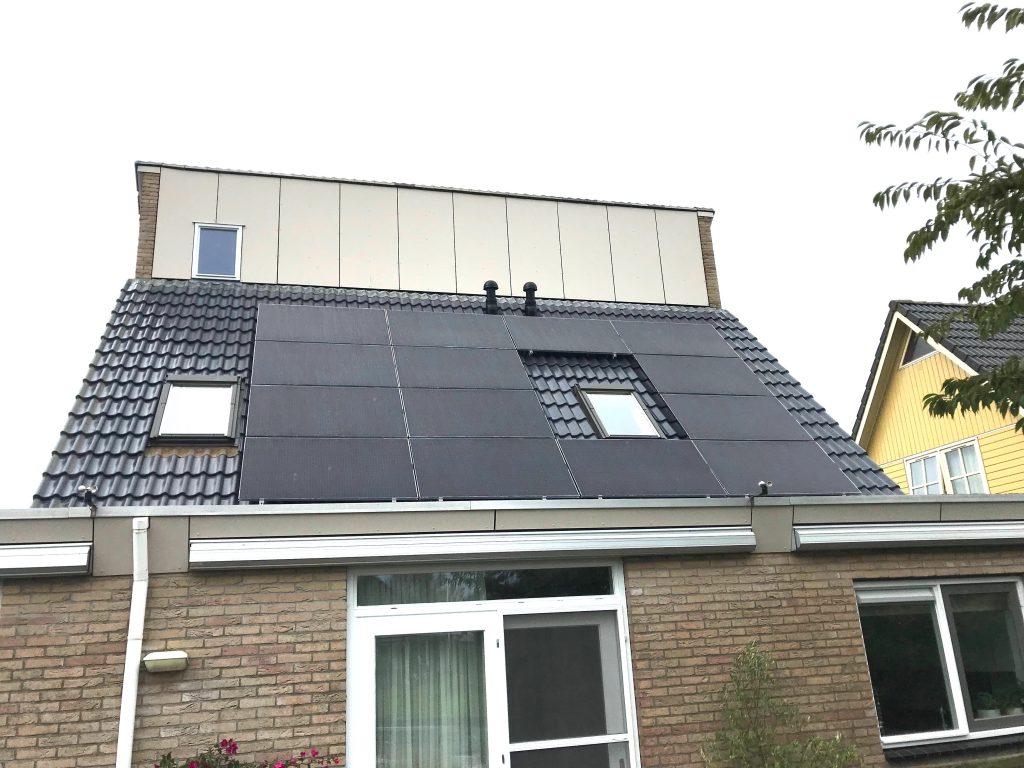 Exasun zonnepanelen in Sloten Friesland vanuit Meppel.