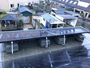 SolarWatt zonnepanelen in Emmeloord op plat dak met Valksolar