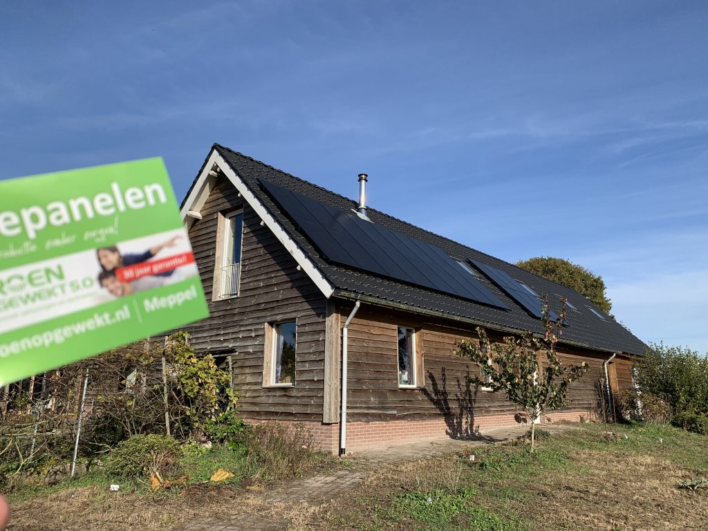 SolarWatt Glas-Glasa zonnepanelen in Ruinen
