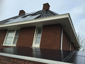 Solarwatt zonnepanelen Glas-Glas meppel Steenwijk, Zwolle en Hoogeveen.