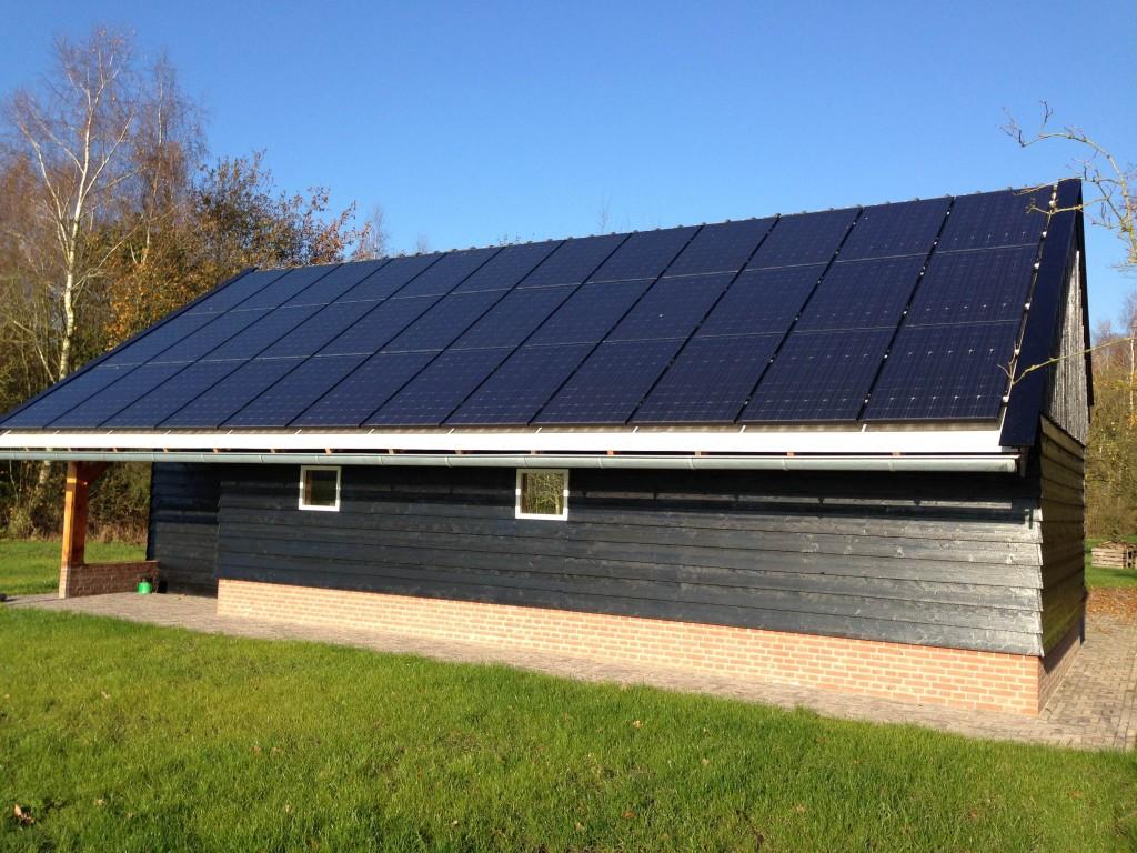 zonnepanelen boer boeren agrariërs Meppel Zwolle Steenwijk Havelte Nijeveen Hoogeveen Heerenveen Dwingeloo zonnepanelen zonnestroom zonnecarports