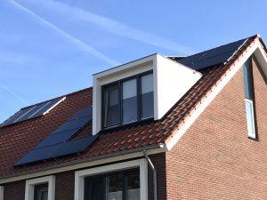 Nieuwveenselanden in Meppel: Solarwatt glas-glas zonnepanelen in Meppel en Zwolle geplaatst.