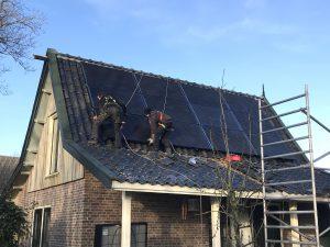 SolarWatt glas glas zonnepanelen in Jelsum bij Leeuwarden in Friesland