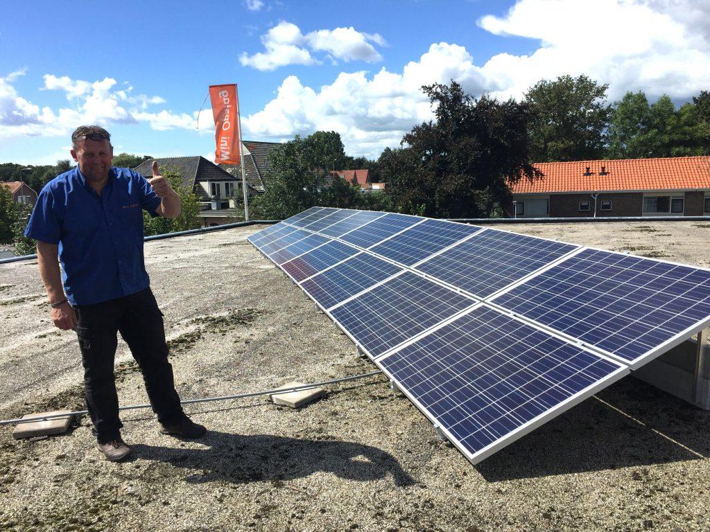 SolarWatt glas glas zonnepanelen in Meppel geplaatst bij Mini Opslag Meppel