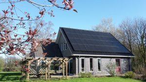 In PEEST bij Beilen en Assen zijn de best geteste SolarWatt Glas-Glas zonnepanelen met PERC technologie geinstalleerd