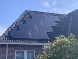 SolarWatt Glas-Glas zonnepanelen geplaatst in De Wijk