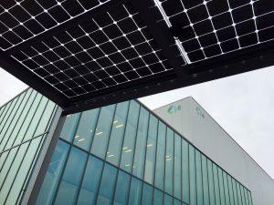 Zonnecarport Venlo met SolarWatt zonnepanelen uit Meppel