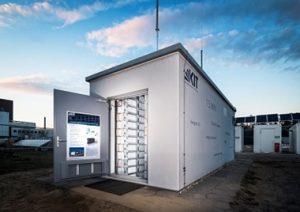 Zonnepanelen batterij opslag - Solarwatt 1,5 MWh batterij opslag met de MyReserve van SolarWatt - 608 MyReserve matrix in Karlsruhe