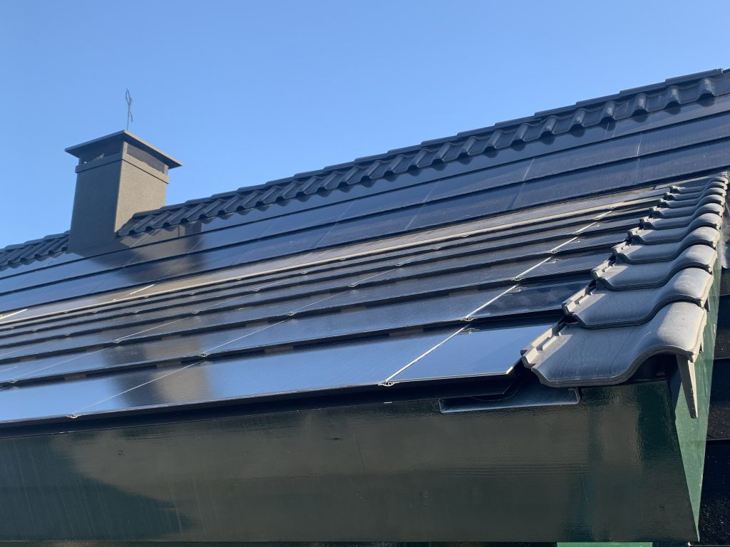Verholen goot Exasun indak zonnepanelen X-roof en X-tile